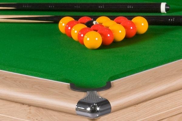 Supreme Prince Pool Table in Oak
