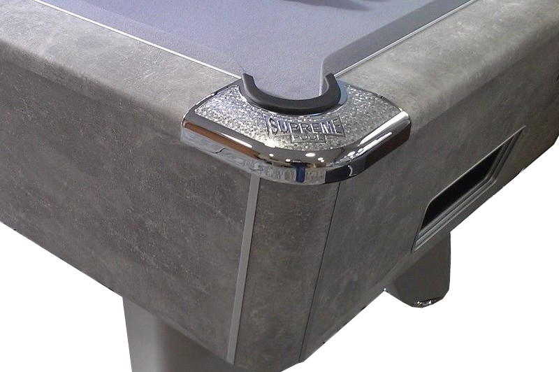 Supreme Winner Pool Table in Italian Grey Finish - Corner close up